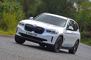 【運転が楽しいFRの純EV】BMW iX3へ英国試乗 ベースはX3 航続距離460km