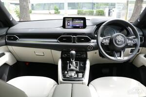 【プロ解説】マツダCX-8のインテリア(内装)と荷室を徹底解説!!最上位SUVにふさわしい上質な空間