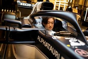 角田裕毅の成功を信じてやまないアルファタウリ代表、クビアトの苦戦を教訓に「彼が信頼して乗れるマシンを提供したい」