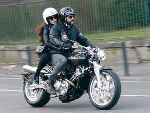 ブラフシューペリアの新型バイク「ロレンス」とは? 限定188台の高級車をチェック!