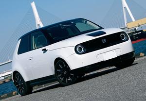 プジョー「e-208」とホンダ「Honda e」、最新EV乗ってみたいのはどっち?