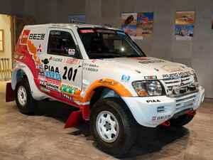 【写真蔵】パリダカで優勝したパジェロを、三菱本社ショールームの「ダカールラリー展」で見てきた