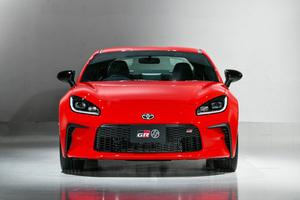 今秋発売!直感的なFRドライビングを堪能できる新型「GR 86」は買いか?