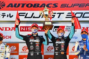 スーパーGT最終戦 RAYBRIG NSX-GT3が優勝 シリーズチャンピオンを獲得