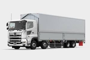 4軸(8輪)車と3軸(6輪)…なぜ10トンカーゴトラックの車軸数はまちまちなの?