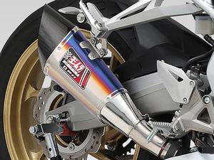 ヨシムラから CBR250RR('20)に「軽さ」という武器を与えるスリップオンマフラーが登場!
