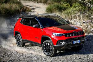 【欧州の売れ筋SUV】ジープ・コンパス 一部改良モデル、欧州発表 インテリアを大幅改良