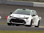 トヨタが水素エンジンを搭載した競技車両のテスト走行を開始