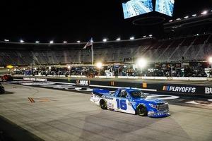 プレーオフ初戦でHRE16号車は26位完走【NASCARトラックシリーズ】