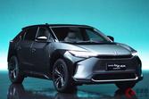 トヨタは「2本立て」「4協力社」なぜ揃えた? 車の電動化対応における主要8社の違いとは