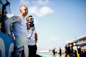 マゼピン「1周目にヘッドレストが外れ、両方のミラーが遮られて危険な周だった」:ハース F1第17戦決勝