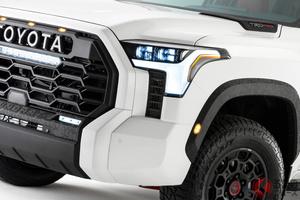 トヨタ新型「タンドラ」世界初公開! 超タフ顔の大型グリルフェイス&トヨタマーク採用! 米国でお披露目へ