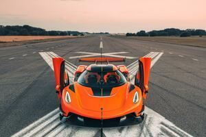 1000馬力超えが当然のパワーインフレ! スーパーカーが可愛く見える「ケーニグセグ」って何もの?