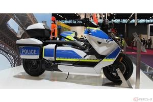 BMW Motorradの新型電動バイク「CE 04」とアドベンチャーモデル「F900XR」 警察仕様車をパリのイベントで公開