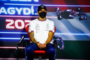 「表彰台では視界全体が少しかすんで見えた」体調不良を訴えたハミルトン、コロナ後遺症を懸念/F1第11戦