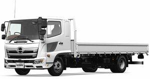 日野、中型トラック「レンジャー」改良 右左折時の事故を抑制する安全装備などを追加
