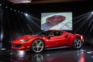 新世代スーパースポーツカー、フェラーリ296GTB日本上陸。サーキット走行向けの専用パッケージも用意