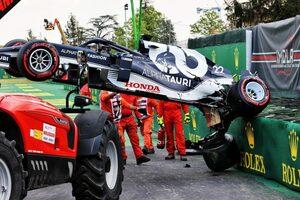 「角田のクラッシュは残念だが、新人はミスをするもの」とアルファタウリTD。マシンは決勝までに修理可能/F1第2戦予選