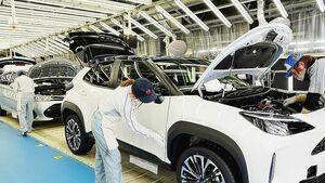 トヨタ、今期の生産見通し900万台へ下方修正 9月は7万台追加減産 10月も計画比4割減 東南アジアの部品調達や半導体不足で