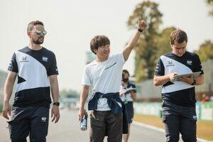アルファタウリF1の角田裕毅「クラッシュし続けていたから、残留できて少し驚いた」