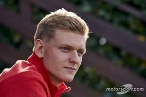 """【速報】""""シューマッハー""""の名がF1に帰ってくる! ミハエル・シューマッハーの息子ミック、2021年からのF1デビューが決定。ハースと契約"""