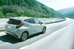 出たぞトヨタ新型「アクア」 トヨタ初「快感ペダル」搭載 新開発電池で街乗りほぼ電気?