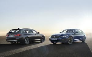 BMW5シリーズが後期型へモデルチェンジ! 安全装備を充実させてますます快適に