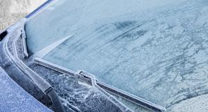 【冬到来】窓ガラスの凍結やバッテリー上がりの対策グッズを紹介