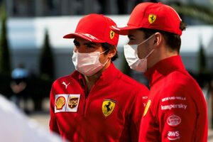 サインツ、PU交換で後方グリッドからのスタートに「ロングランだけの金曜日は変な感じ」フェラーリ/F1第16戦