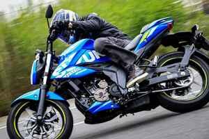 ジクサー250はクルマに例えると『スイフトスポーツ』に近いかも? 250ccのバイクとして正しくライトウェイトスポーツです!【SUZUKI GIXXER250/試乗インプレ・レビュー 中編】