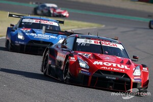 【スーパーGT】決して余裕はなかった逆転劇、23号車MOTUL  AUTECH GT-Rの鈴木豊監督「1秒でも遅れていたら勝てなかった」