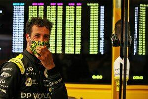 リカルド4位「表彰台に届かなくて残念。ボッタスとアルボンは速すぎた」ルノー【F1第9戦決勝】