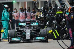 メルセデスF1がハミルトンのレースを分析「タイヤ無交換も可能だったが、7位か8位に落ちていただろう」