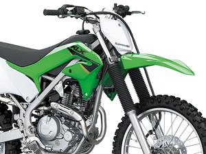 【カワサキ】オフロード走行専用モデル「KLX230R」およびローダウンモデル「KLX230R S」を12/1発売!