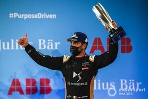 フォーミュラEディルイーヤePrix、レース2はペナルティで降格多数。ベルニュは3位表彰台を失い、キャシディは5位から14位に