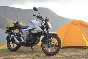 スズキ『ジクサー150』でゆくキャンプツーリング! 150ccのバイクで秋から冬ならではの楽しさを満喫できるか!?