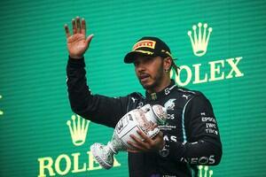 最後尾から全身全霊の走りで追い上げ……レース後のハミルトンには「疲労と軽いめまい」とメルセデス|F1ハンガリーGP