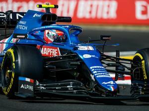 2021年F1第11戦、波乱の展開でアルピーヌ初優勝! ハミルトンが最下位に転落後、2位に浮上【ハンガリーGP決勝】