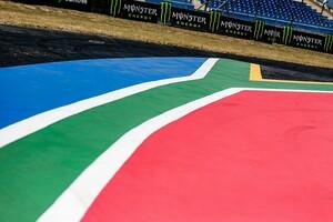 フォーミュラE初開催の南アフリカ、サッカーW杯のスタジアム周辺を走行。スタジアム使用案は採用できず
