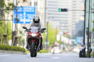 【SUZUKI GSX250R乗りの幸せ(1)~(3)】数ある250ccのバイクの中からスズキ『GSX250R』を選んで正解!と思う(9)の理由
