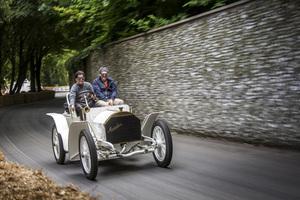 高齢者の「生涯安全運転したい」という意思を最大限に尊重するドイツ。その代わり…