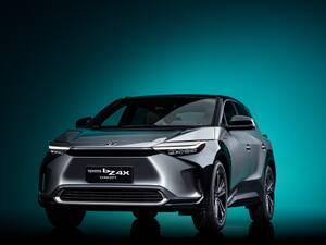 新しいトヨタのSUVはEVだ! 新型bZ4X登場