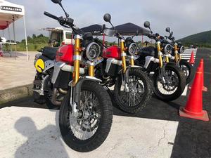 「バイク女子部学園ミーティング」と杉並のカフェ「バニービーチ」のコラボ企画をモータリスト合同会社が実施