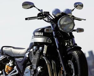 ヤマハ「XJR1200」「XJR1300」を解説! ワイルド&ダイナミックのコンセプトで登場した空冷4気筒ビッグネイキッド【バイクの歴史】