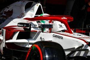 ピットレーンでストロールと接触したジョビナッツィに約65万円の罰金/F1第11戦