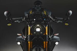 世界限定300台の究極ネイキッド MVアグスタ「ラッシュ」2021年モデルが登場! 最新パフォーマンスに斬新なスタイルをプラス
