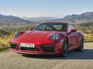 ポルシェ 911 カレラ&タルガにスポーティな「GTS」を追加。911ターボ由来の足まわりを採用する