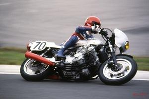 「驚異の第1回鈴鹿8耐参戦マシン」6気筒CBXやアメリカンXS750スペシャルがサーキットを走っていた!