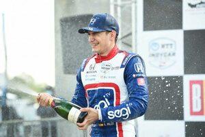 見事な走りでインディカー初優勝を飾ったパロウ。燃費走行と好ペースを両立しシリーズの主軸へ