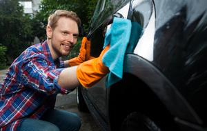 プロが解説!効率よくきれいに洗車する方法と洗剤、コーティング剤、クロスの選び方